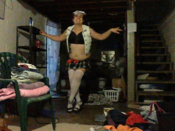 Ultra-faggoty pose for Miss K by the White Trash sissypansy weakling